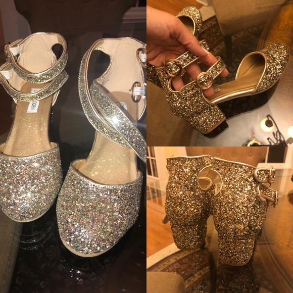 b89aaa7e82d 🆕Gold glitter girl Mary Jane shoes heeled 3   4. M 5b64872ac89e1d542c014e2a